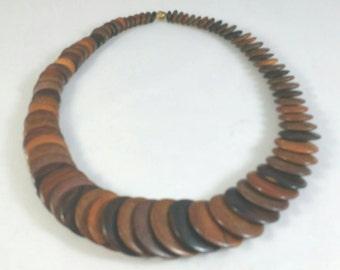 Wonderful Wooden Round Disc Necklace