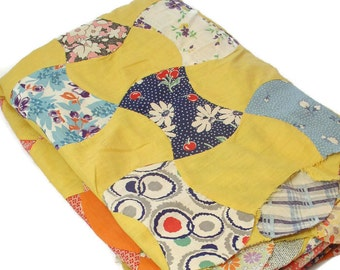 Primitive Full Size Apple Core Quilt Top of Yellow, Orange and Thirties Prints in Good Condition