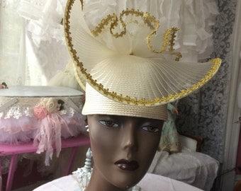 Glamorous Straw snd Tulle Hat