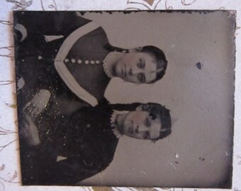 antique miniature tintype photo - gemtype - two women - late 1800s photo - gte71