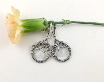 Wire wrapped silver earring , everyday earring, moonstone earring