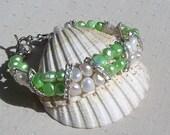 """Apple Green & White Freshwater Pearl Bracelet """"Mint Crush"""", White Bracelet, Green Bracelet, Silver Bracelet, Beaded Bracelet, Spring Jewelry"""