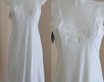 Vintage Harvey Woods White Full Slip, Vintage Slips, Vintage White Slip, Wedding, Vintage Lingerie, Full Slip, Harvey Woods