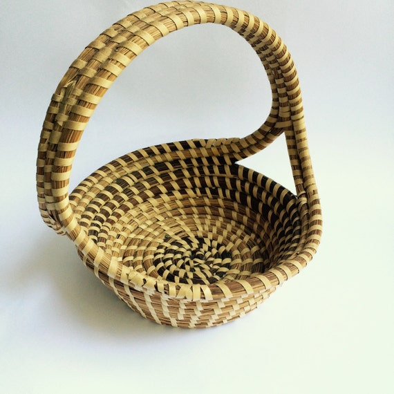 Handmade Baskets In South Carolina : Handmade gullah sweetgrass basket from charleston south