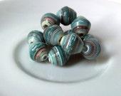 13 paper beads - aqua green -