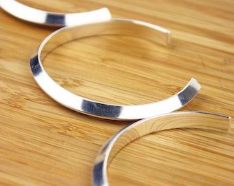 Triangle Cuff bracelet- Silver Triangle bracelet- Silver Triangle Cuff- Minimalist Cuff bracelets- Heavy Silver Cuff bracelet- Handmade Cuff