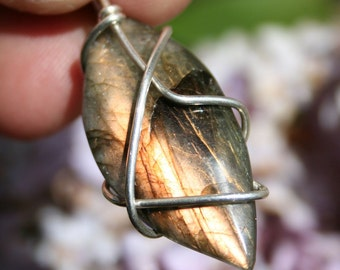 Labradorite Pendant in Sterling Silver High Quality With Lots of Flash