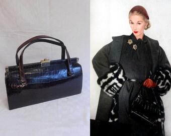 I've Got the World on My String - Vintage 1950s Espresso Brown Alligator Leather Long Handbag