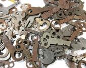 VINTAGE Keys One Hundred (100) Vintage SKELETON Keys Flat Skeletons Assorted Lot Steampunk Jewelry Assemblage Scrapbook Art Supplies (L124)