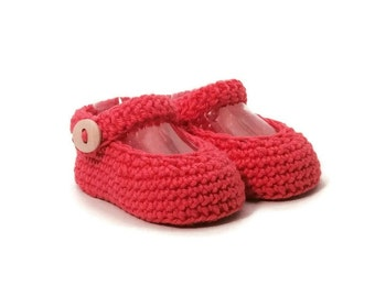 Mary Jane Crochet Baby Shoes Pink Merino Wool Baby Slippers Knitted Baby Shoes Pink Baby Booties Girl Baby Gift by Warm and Woolly on Etsy