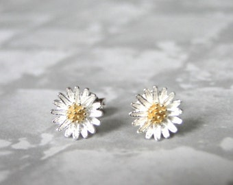 SALE Jewelry, Daisy Stud Earrings, Sterling Silver Daisy Earrings, Spring Collection, Gift for Her, Accessories, Pierced Earrings