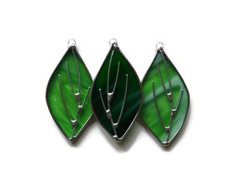 Stained Glass Green Leaves  - Set of 3 Suncatchers Window Decorations