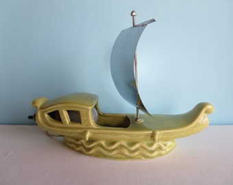 Vintage Lamp - TV Lamp - Sailboat - Green Ceramic Pagoda Boat with Sail