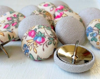 Shabby Chic,15 Thumbtacks,Pushpins,Thumb Tacks,Push Pins,Pink,White,Floral,Flowers,Linen,Decorative Pushpins,Gift,Cubicle,Wedding Decor,