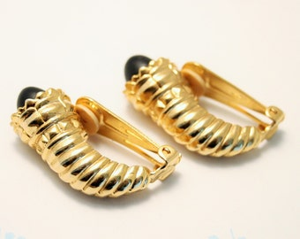 Vintage black and gold earrings. Clip on earrings.  Horn of Plenty