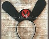Ozzy the Lucky Rabbit - CUSTOM Mouse Ears Headband - Twincess Bowtique
