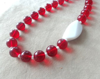 Red wine necklace,short beaded necklace,Dark red necklace,Pomegranate red necklace,Ruby red necklace,burgundy necklace,Retro red necklace
