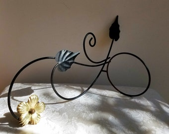 Vintage Metal Wall Planter Plant Flower Pot Holder, Black Gold Metalware Mid Century