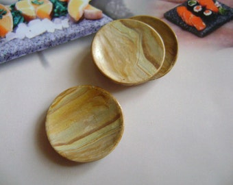 Dollshouse food 12th scale,  2 plates olive wood imitation in polymer clay miniatures dolls house