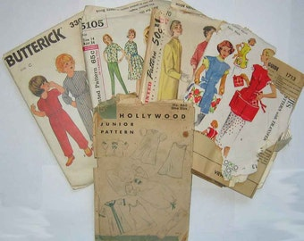 Sewing Ephemera Lot #7, Vintage Envelopes, Incomplete Patterns, Simplicity, Hollywood, Pattern Pieces Tissue, Crafts, Collage, Decoupage