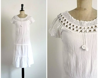 Vintage 70's Midi White Dress Cotton Crepe Hook Neckline / 1970s Romantic Bohemian Hippie Summer White Dress / Small to Medium