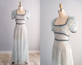1930s dress / pale blue Eyelet Lace long bias skirt maxi dress puff sleeve gown ... XS / 24 waist