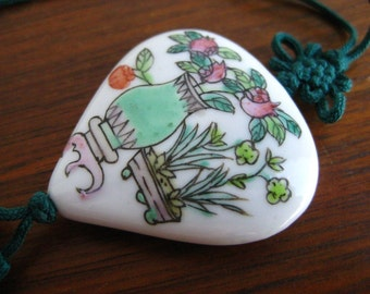 Vintage Old Chinese Hand Painted Vase Porcelain Bead Tassel Pendant Necklace