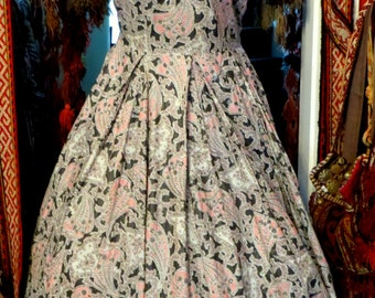Fab 40s/50s Larger Size Gray and Pink Paisley Shelf Bust Dress with Bead/Rhinestone Trim