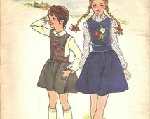 SALE 1970s Girl's Sewing Pattern Embroidered Jumper Complete with Transfers Size 8 Butterick 3821 Vintage Sewing Pattern Round Neckline Tran