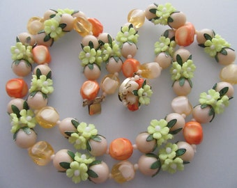1960s Vintage Lucite Bead and Flower 2 Strand Necklace with Earrings
