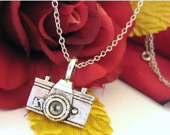 VALENTINES DAY SALE - Camera Jewelry - Camera Pendant - Sterling Silver Camera Necklace - Photographer Gift 027