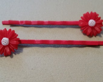 Vintage Pair of Red Bobby Pins Flowers Red Daisies Hair Pin Hair Accessory As Is