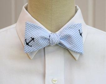 Men's Bow Tie, pale blue seersucker with navy anchors, nautical theme bow tie, sailor bow tie, ocean wedding bow tie, beach lover bow tie