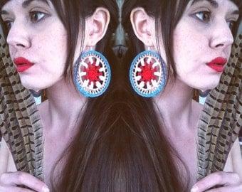 Southwestern wagon wheel crochet large mandala statement earrings / boho hippie drop earrings in coral turquoise white gold
