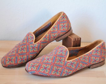 Multicolor Tapestry Loafers // 1980s Mens Shoes Size 9 Stubbs and Wootten Bespoke