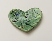 Oak Leaf Heart Ring Dish, Metallic Leaves Design, Green dish, Ceramic Candle dish, Nature Pottery bowl, Candleholder.