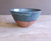 5 Cup Serving Bowl,  Stoneware Ceramics & Pottery Keramik Housewares Serving Mixing Bowl in Moody Blue