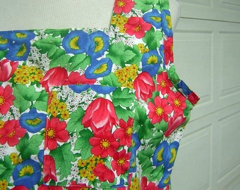 """Vintage Summer Top - Cute Morning Glory Print COTTON - Simple Sleeveless Cut  Bust 42"""" Patch Pocket"""
