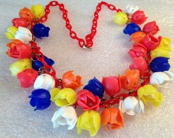 Vintage soft early plastic multi-colors roses flowers necklace