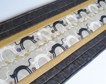Elegant Quilted Table Runner, Kitty Quilted Table Topper, Table Quilt, Cat Lover Quilt, Quilted Table Runner in Black and Gold