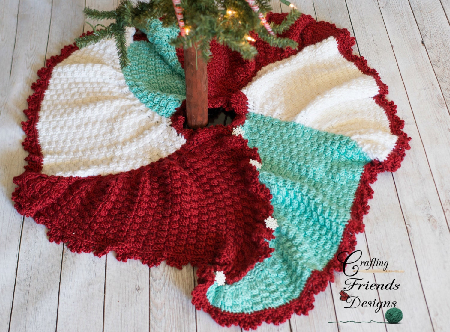 Crochet pattern trisquare swirl christmas tree skirt warm