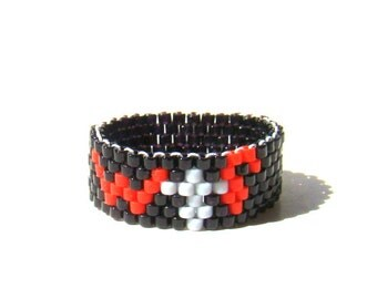 WTF Seed Bead Ring  Black Red and Gray  Minimalist Beaded Jewelry  Word Ring  Nerdy Ring  Unisex Ring  Casual Jewelry  Funny Geeky