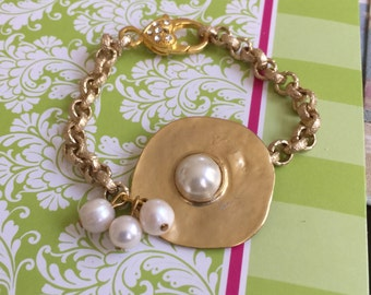 Bridal Gold and Pearl Bracelet