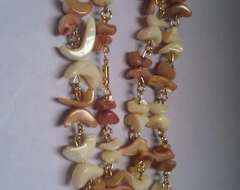 Costume Peach and Cream Bead Necklace