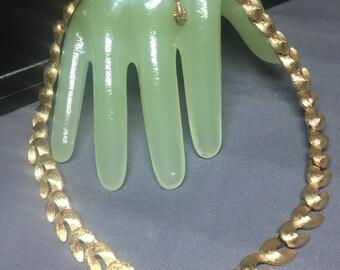 """Vintage 16"""" Brushed Goldtone U Shape Linked Necklace -MONET"""