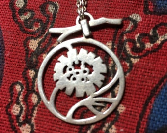 Vintage Unique Sterling Silver Open Work Cut Out Flower with Hinged Branch Pendant Necklace