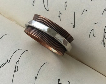 Rustic, Textured Copper and .999 Silver Spinner Ring, Size 8.25