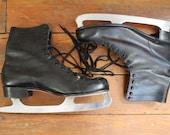 Lets Skate....  Vintage Mens Black Ice Skates, Size 11.5