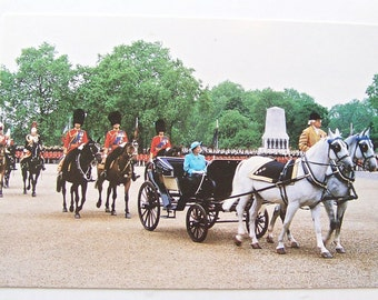 Vintage Postcard Her Majesty Queen Elizabeth II At The Trooping The Colour Ceremony 1988 British Royalty Photo Post Card Unused
