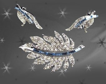 Vintage Pell Jewelry Set - 60s Unsigned Pell - Pave Rhinestone Brooch - Clip-on Earrings